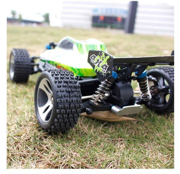 juguetes y ocio 1 18 4wd buggy off road rc car motor del cepillo 70 kmh coche de alta. Black Bedroom Furniture Sets. Home Design Ideas